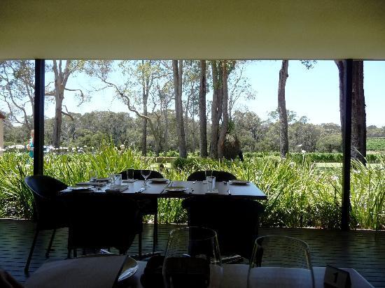 Clairault Streicker Estate: Restaurant's view