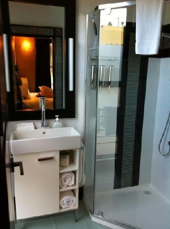 Corinda's Cottages: 2nd bathroom