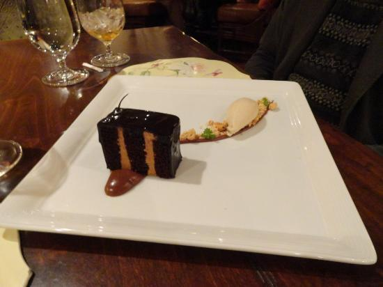Madison's: Chocolate peanut butter cake dessert