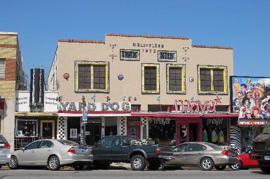 South Congress Avenue: More Shops.