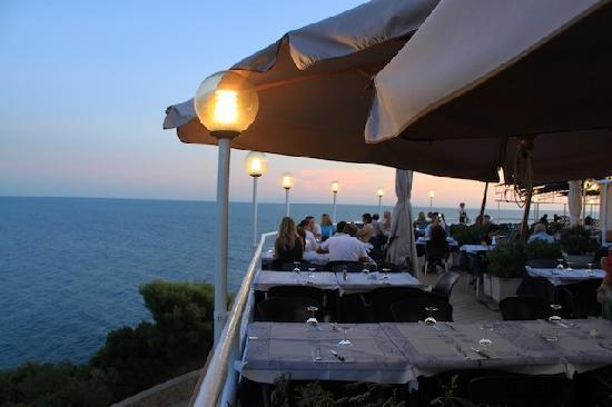 Cena in terrazza - Foto di Il Romito, Livorno - TripAdvisor