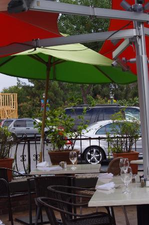 Attractive Patio Cafe: Beautiful Outdoor Dining In Fig Garden Village