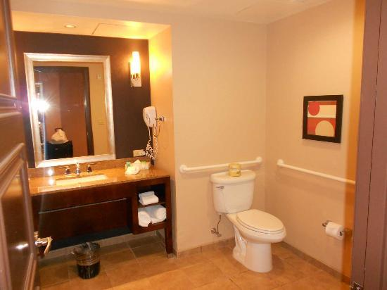 Harrah's Resort Atlantic City: Cuarto de baño