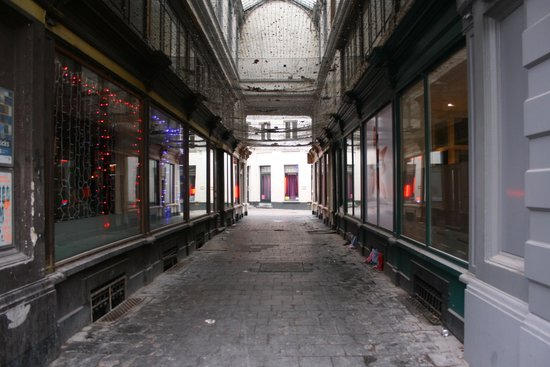 Glass Alley
