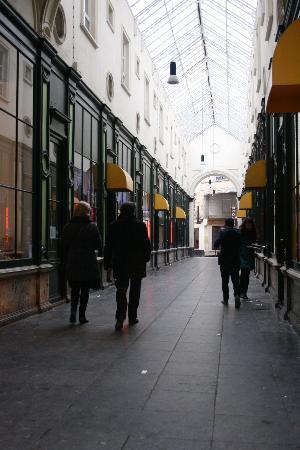 Glass Alley Ghent Address