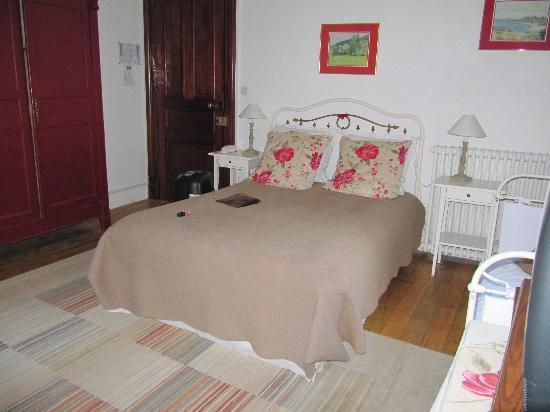 Hotel Castel de la Pique: la chambre