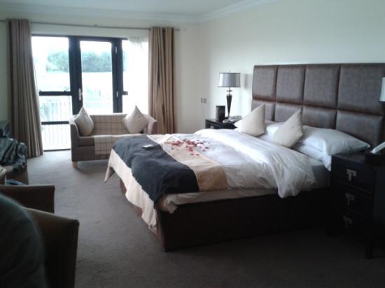 La Mon Hotel & Country Club: Beautiful room x