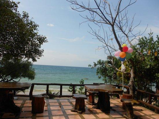 Sunset Buri Resort: Restaurant