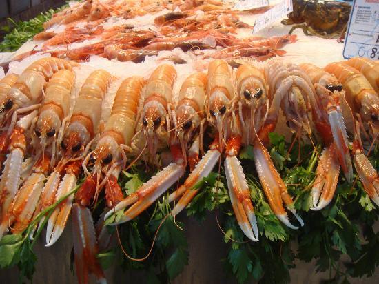 Central Market (Mercado Central) : Cigalas de Valencia, ¡Deliciosas!