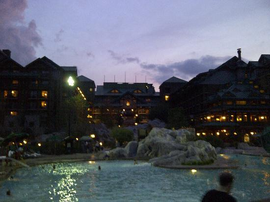 Boulder Ridge Villas at Disney's Wilderness Lodge: the pool and the little fall