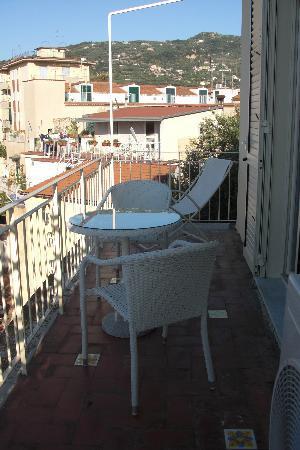 Il Giglio Bianco: The balcony