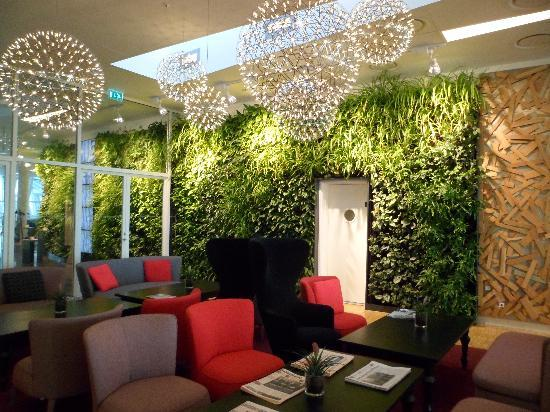 AC Hotel Bella Sky Copenhagen: I was amazed the plants are real and tended by a gardener.