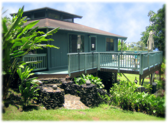 The Guest Houses at Malanai in Hana: Hale Manu- Two Bedroom