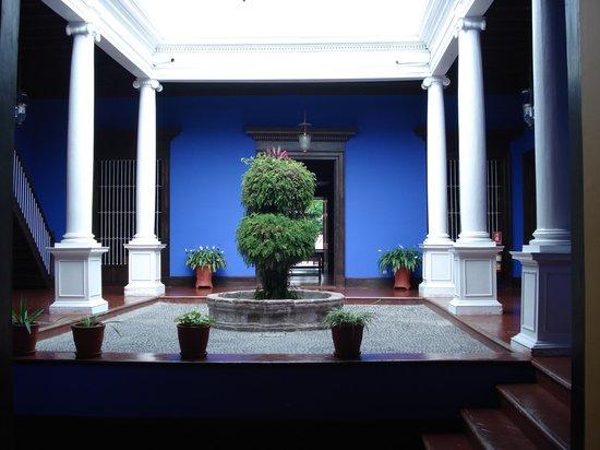 Casa Urquiaga (Casa Calonge)
