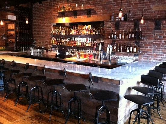Laundry Restaurant: Bar