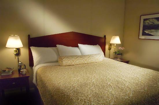 Westmark Baranof Hotel: Standard King Room