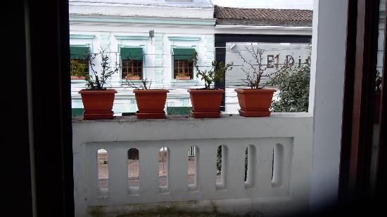 Hotel Casa Foch: the balcony overlooking Avenida Foch