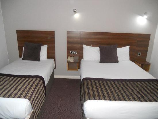 Jurys Inn Belfast: the beds