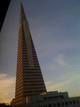 Le Meridien San Francisco: Another view - you can see the TransAmerica Pyramid