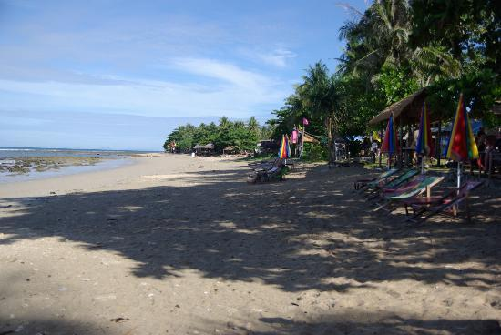 Klong Khong Beach Resort: the beach