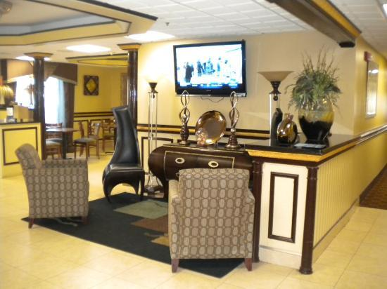Baymont Inn and Suites Chattanooga: Lobby