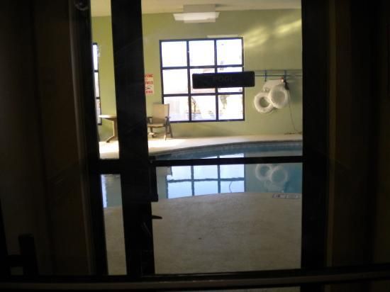 Baymont Inn and Suites Chattanooga: Indoor Pool