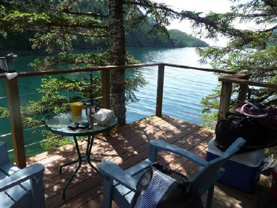 Orca Island Cabins: Deck of Oystercatcher yurt