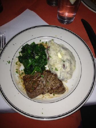 Texas: 5 oz Filet Medallions with Spinach & Mashed Potatoes