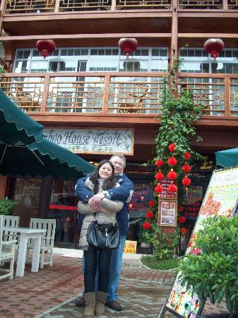 Bamboo House: in front of the hotel