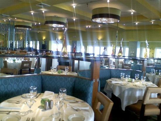 Inside dining 1 picture of chart house restaurant fort lauderdale
