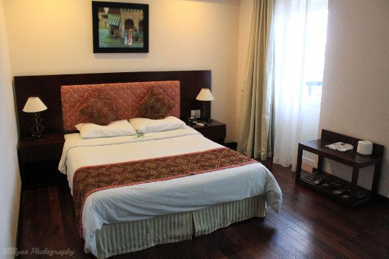 Phu Quy 2: Room