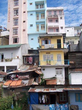 Ai Nghia Hotel: vue du balcon