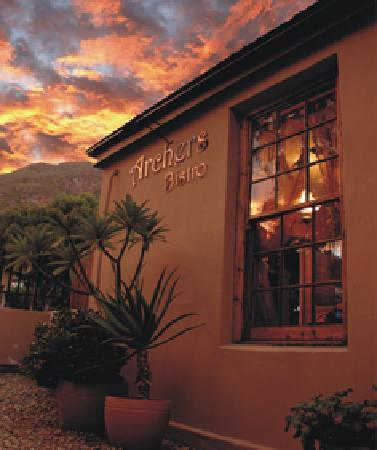 Feathers Inn Guest House : Archers Bistro