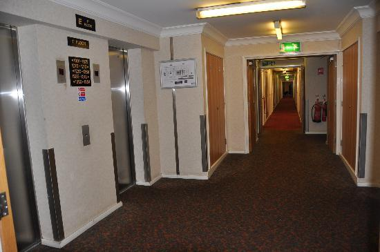 Royal National Hotel: corridor1