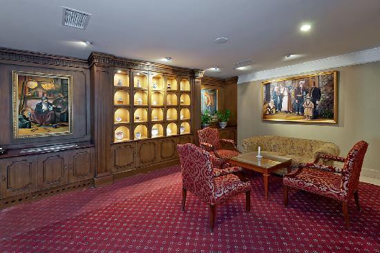 Aziyade Hotel: Lobby bar