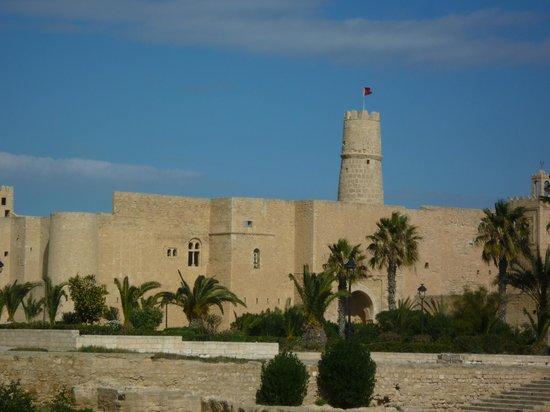Benteng El Ribat