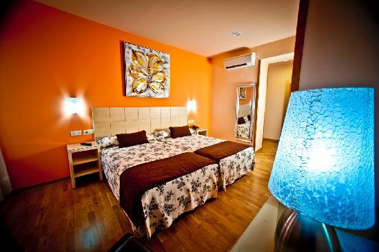 Hotel Condes de Castilla: Habtiacion