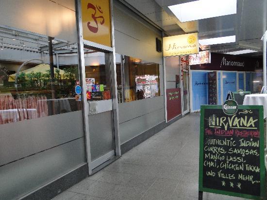 Nirvana - The Indian Restaurant: Restaurant Außenansicht