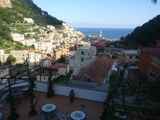Villa Lara: The terrace
