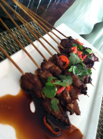 Brew Bistro & Lounge: Goat skewers