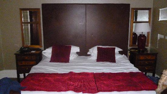 Langton House Hotel: The Bed