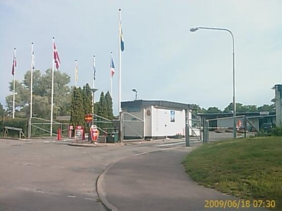 Bredang Camping: The main entrance.