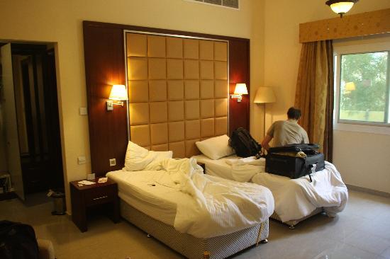 Rainbow hotel дубай сколько стоит жилье в дании