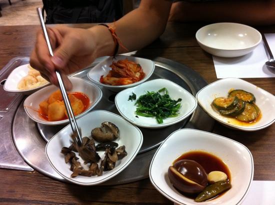 Benjarong: free side dish starters