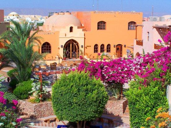 Hotel Sultan Bey Resort : Piazza aerila view