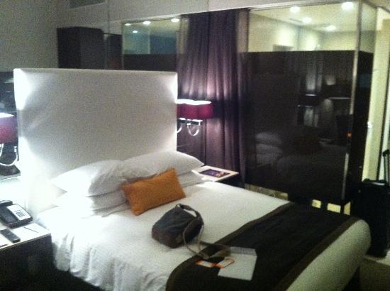 Centro Sharjah: Chambre