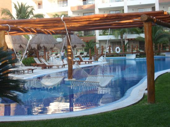 Excellence Playa Mujeres: Pool