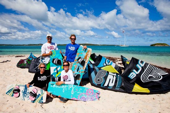 Freetown, Antigua: The 40knots kitesurfing instructors team on the spot of Green Island.