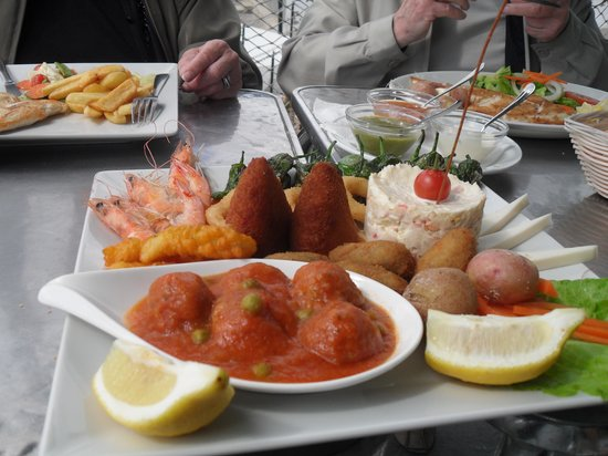 Mardeleva: Mixed tapas for 2 people
