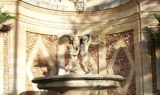 San Anton Gardens : Fountain